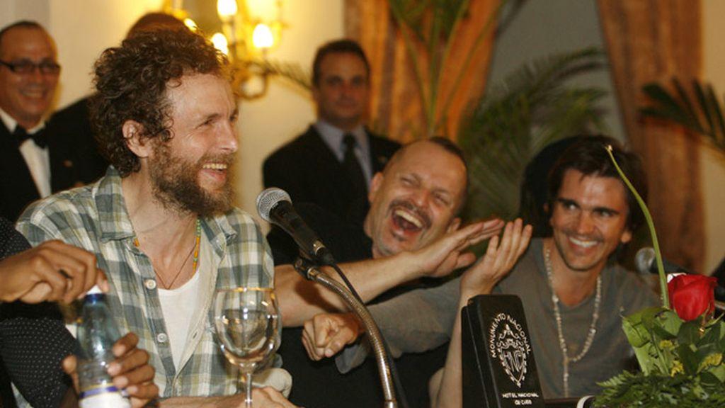 Jovanotti, Miguel Bose y Juanes