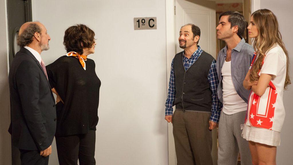 Además, Enrique estrena coche eléctrico y desata los celos en Montepinar