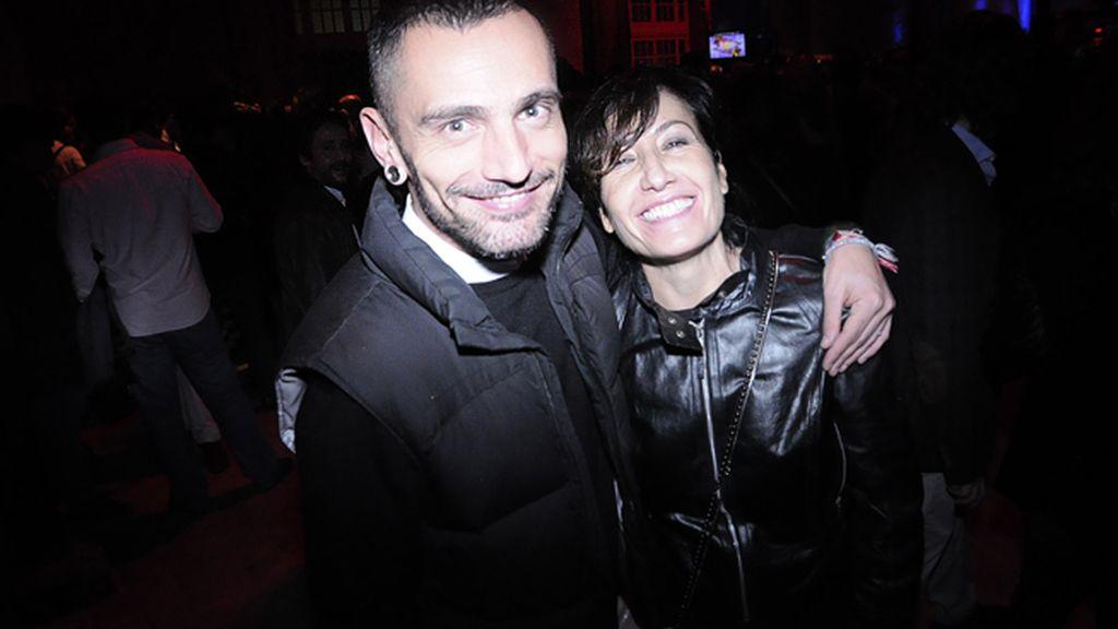 David Delfín, recién llegado de pinchar en Valencia, junto a Macarena Blanchón, directora de la agencia Globally