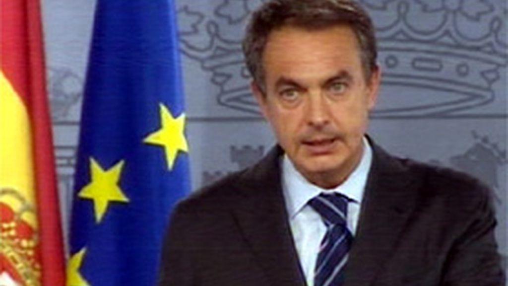 Zapatero condena el atentado