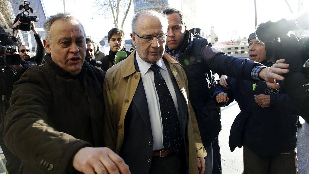 Intento de agresión a Rato a su llegada a los juzgados