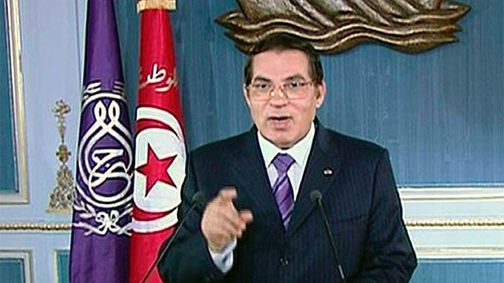 Ben Alí se refugia en Arabia Saudí tras huir de Túnez