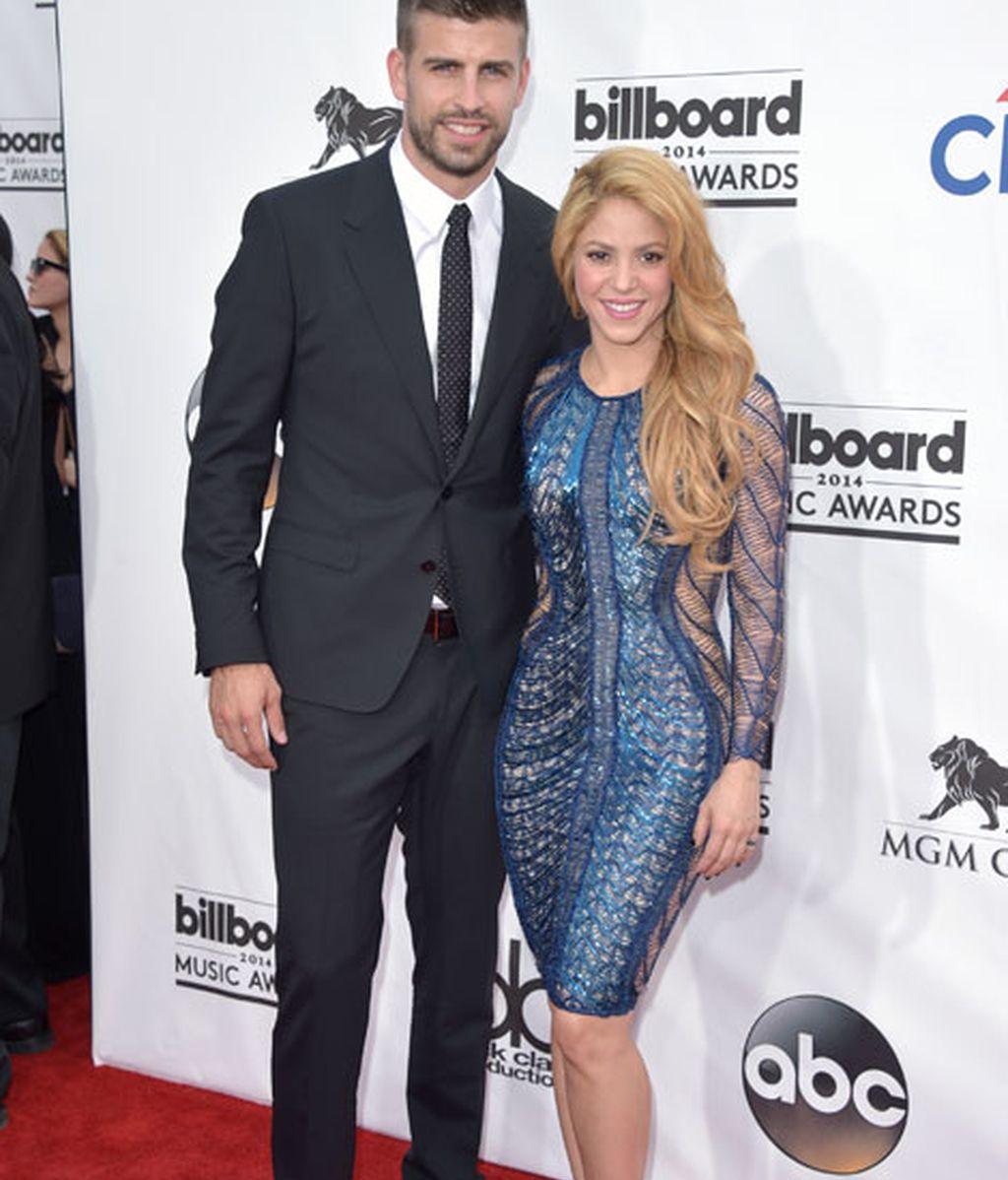 Shakira y Gerard Piqué posaron en la alfombra roja