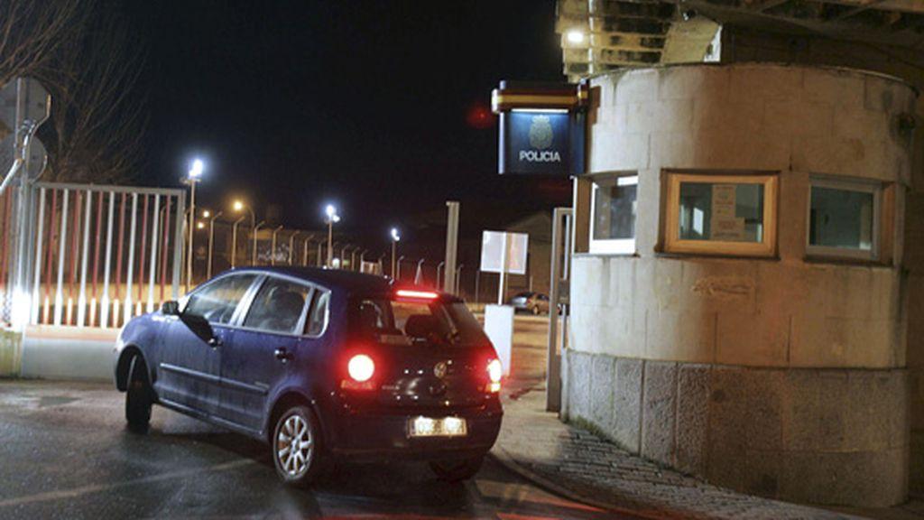 La Policía inspecciona en Madrid el coche de ETA hallado en Salamanca