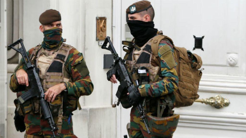 Reunión de seguridad en Bruselas, soldados