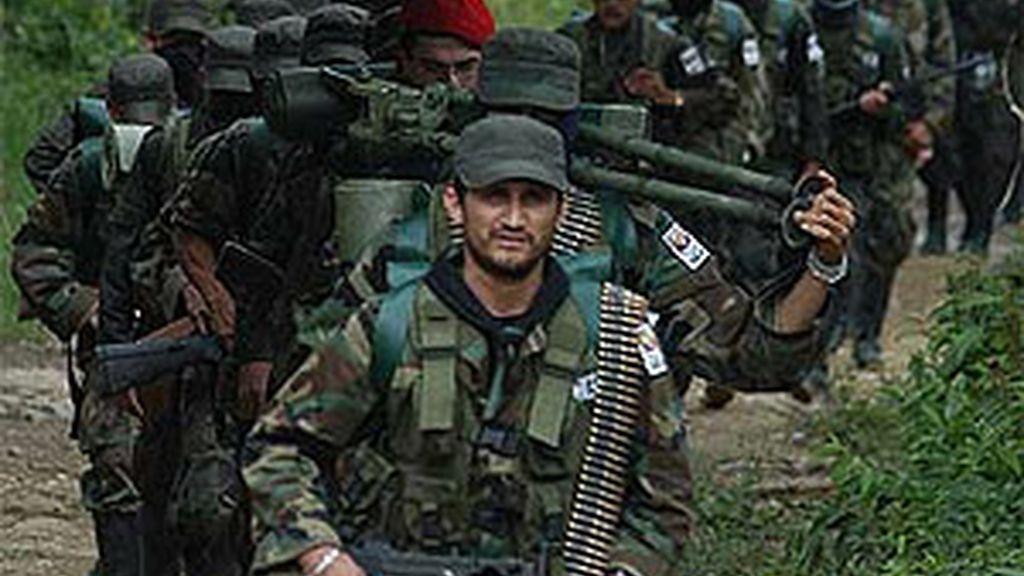 Imagen de archivo de miembros de las FARC. Foto: AP.