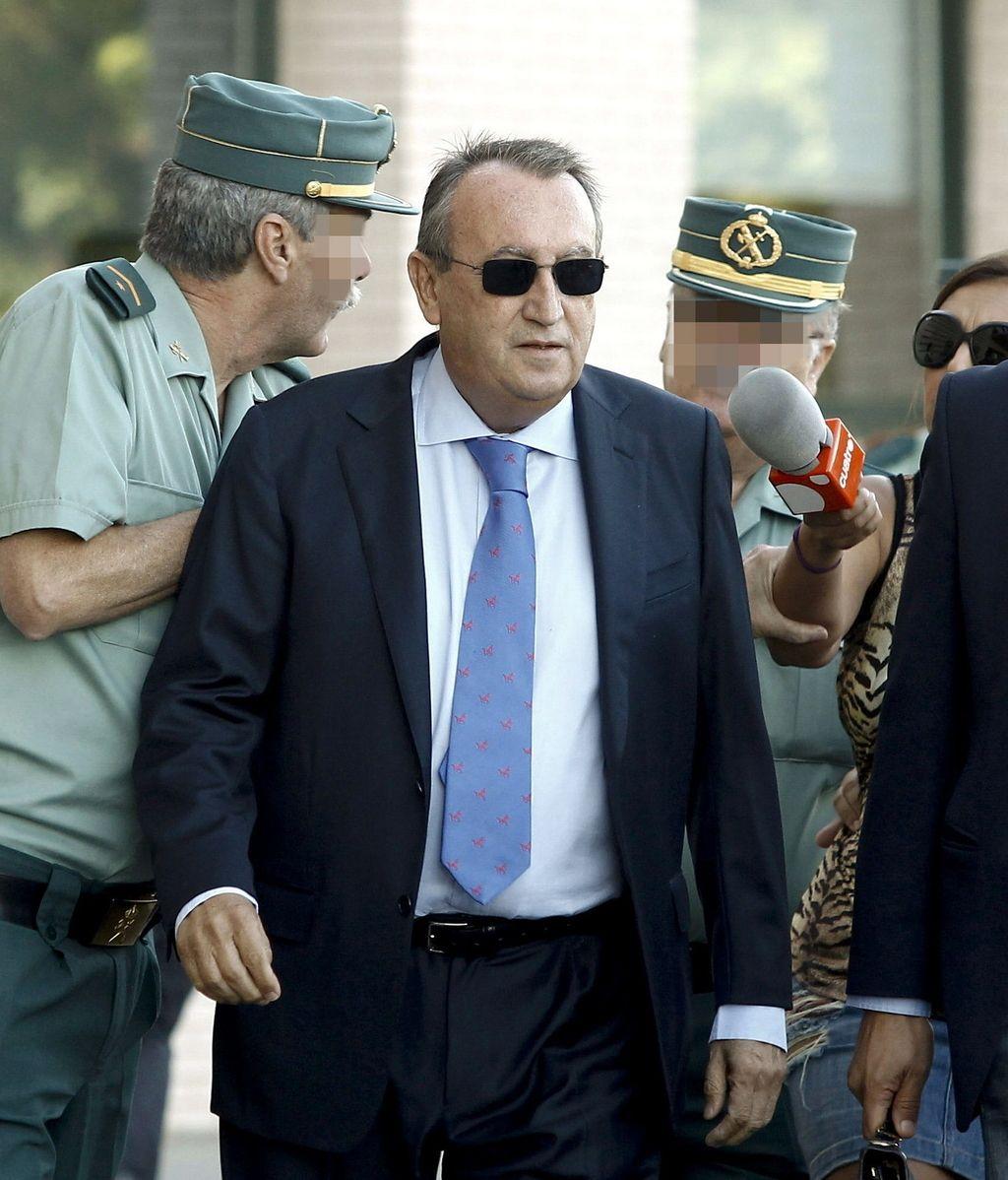 Carlos Fabra llega a los juzgados