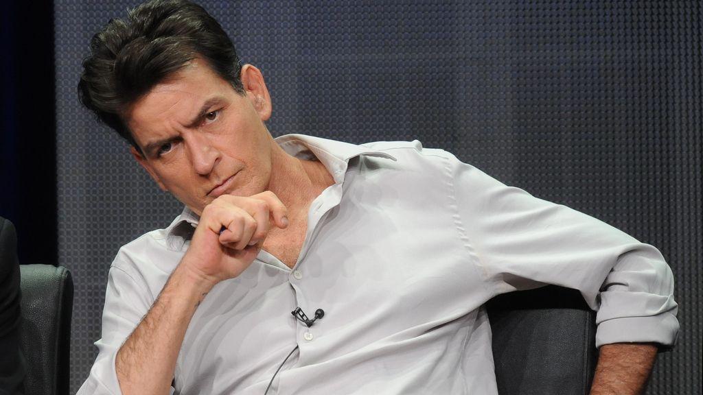 Charlie Sheen podría portar el virus del sida