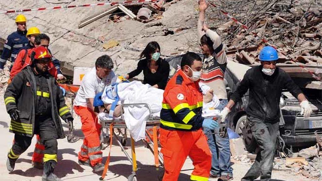 Protección Civil continúa con su labor de rescate