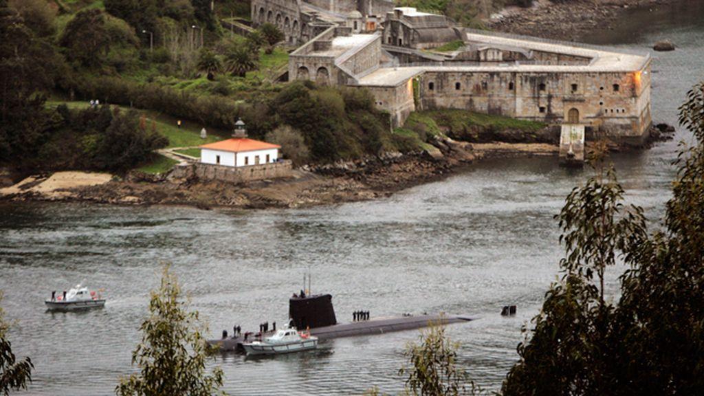 Un submarino en la ría gallega