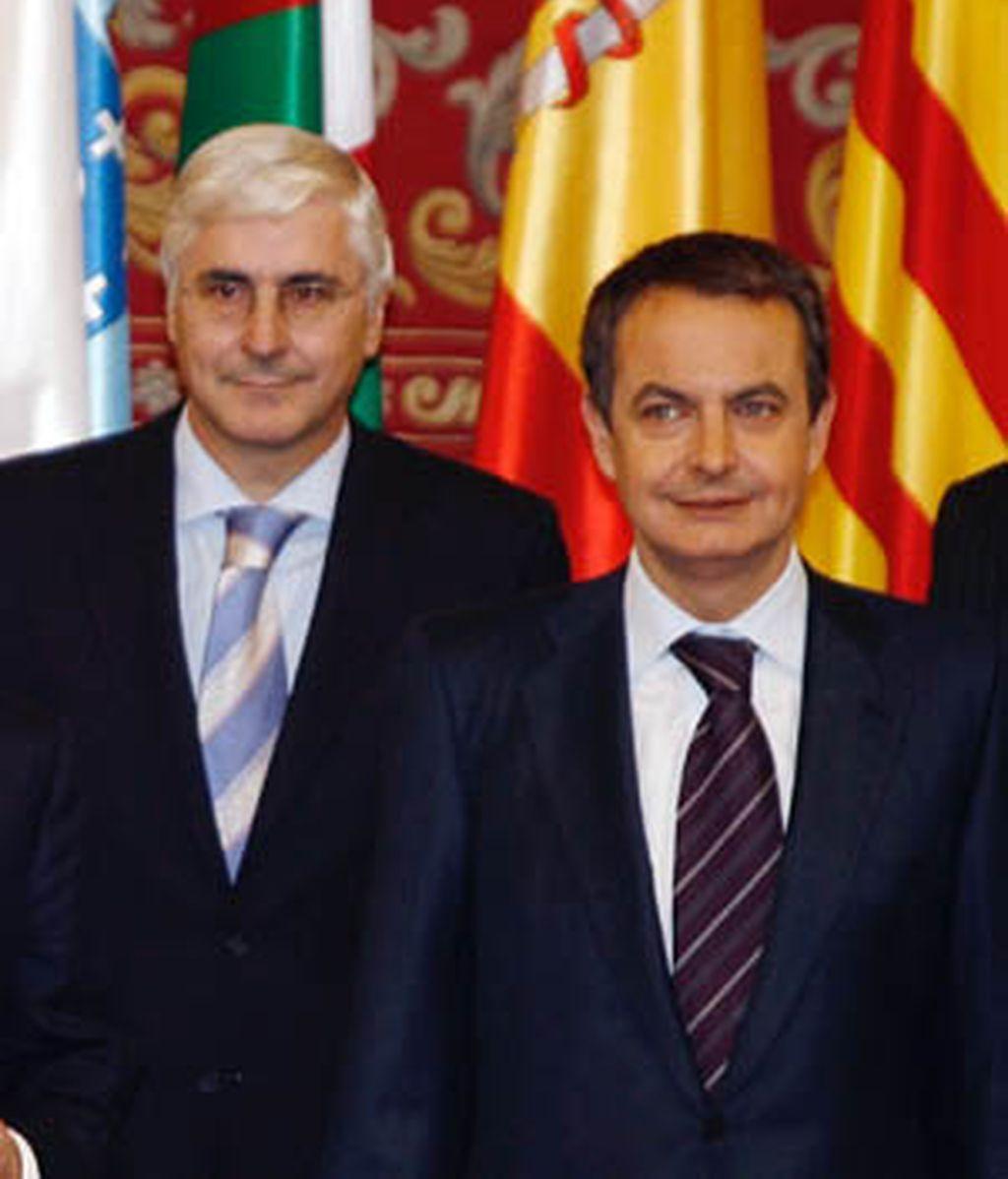 """Barreda justifica su recomendación de cambios en el Gobierno porque es """"leal y sincero"""" a Zapatero"""