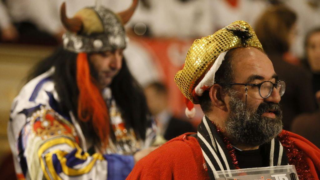 Tradicionales disfraces en el sorteo