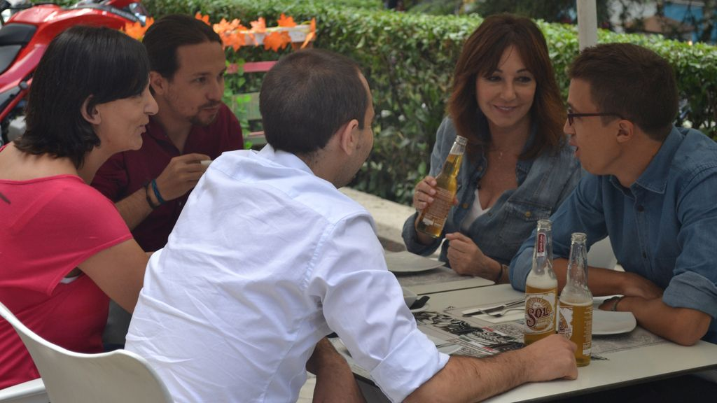 Almuerzo de Ana Rosa Quintana, Pablo Iglesias, Íñigo Errejón y Carolina Bescanda