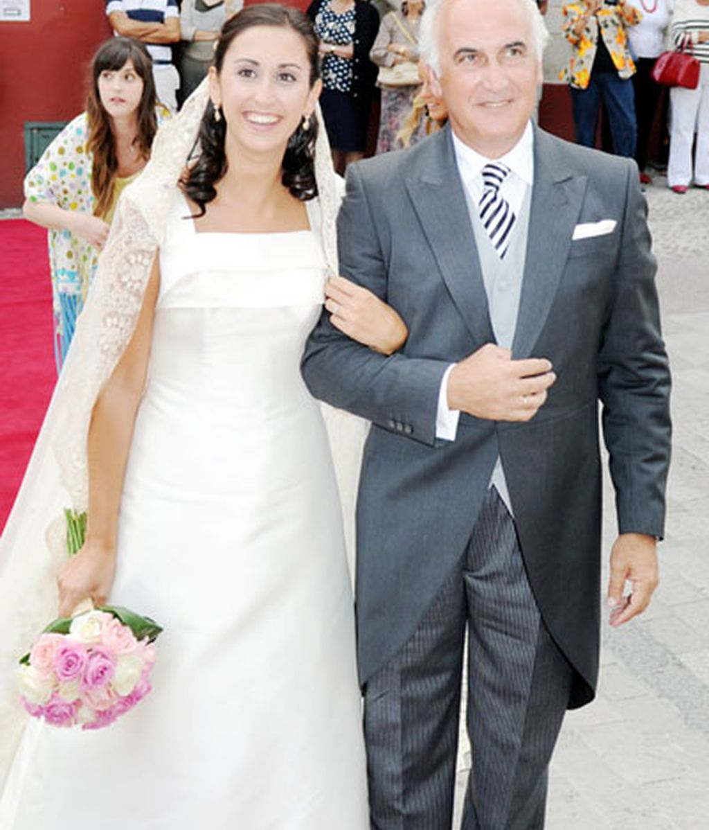 Carmen Lomana en la boda de su sobrina