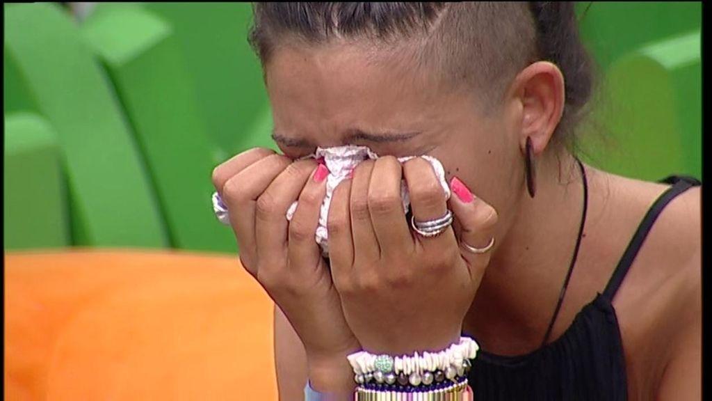 Raky no puede contener las lágrimas tras la expulsión del 'pelocho'