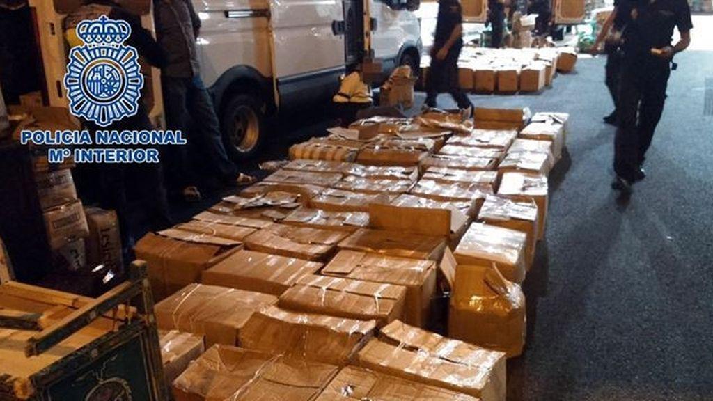 Ocho detenidos por introducir dos toneladas de hachís en vehículos de transporte