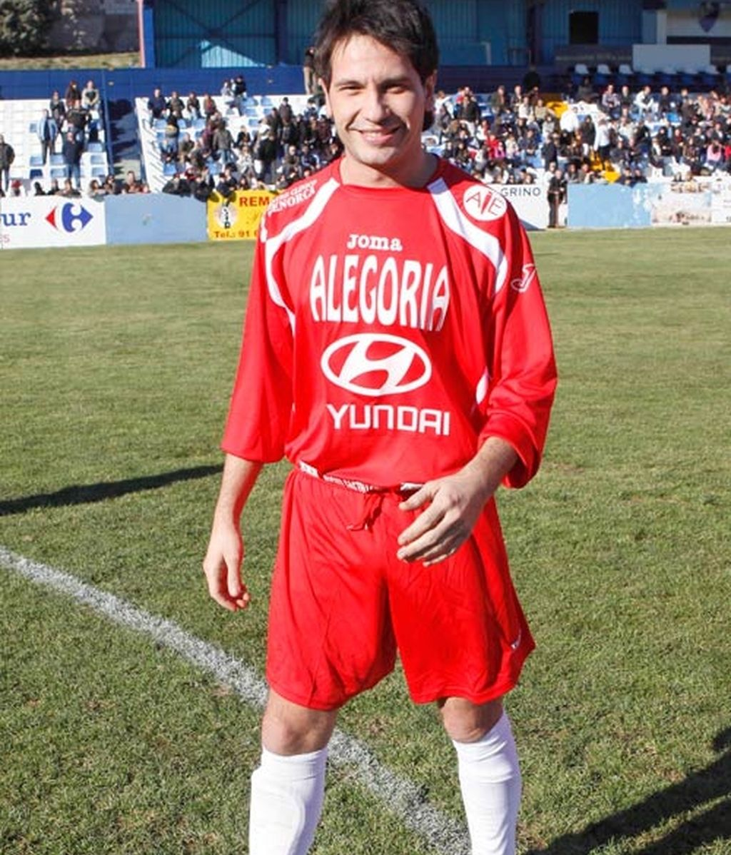 Bustamante y Maxi Iglesias, aficionados al fútbol solidario