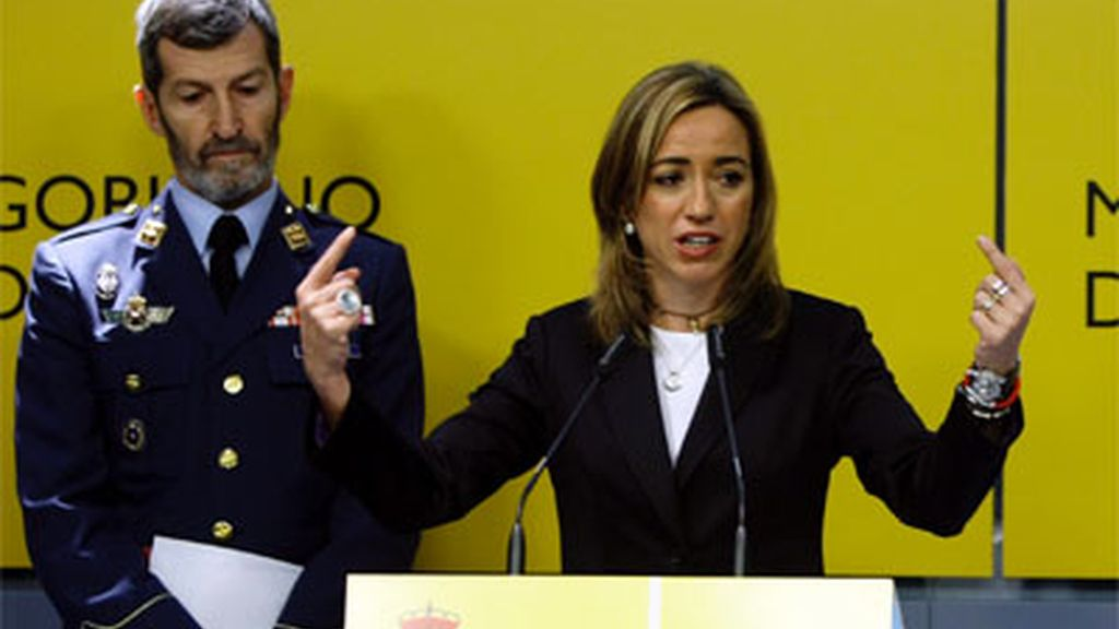 Carme Chacón, ministra de Defensa, y Julio José Rodríguez, jefe del Estado Mayor de la Defensa.
