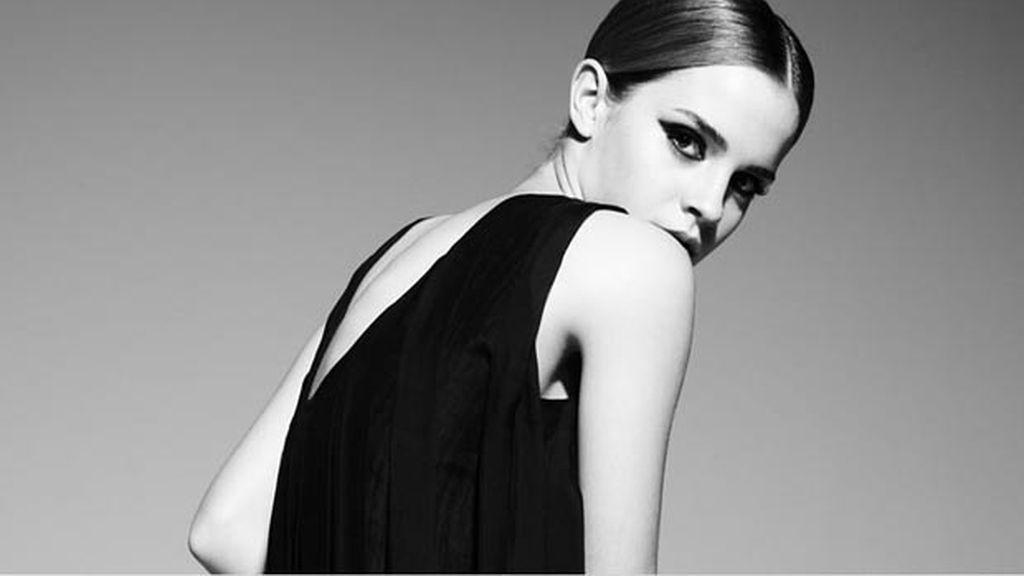 Emma Watson regala fotos a sus fans por Navidad