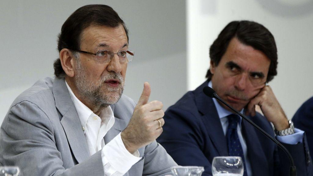 Rajoy y Aznar, juntos en el curso de verano de la fundación FAES
