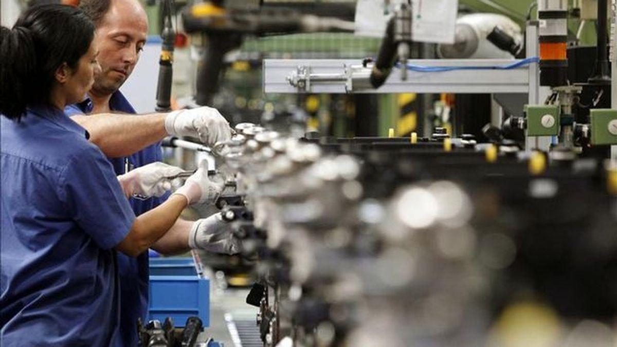 El salario bruto bajó un 0,2% en 2014, hasta los 22.605 euros