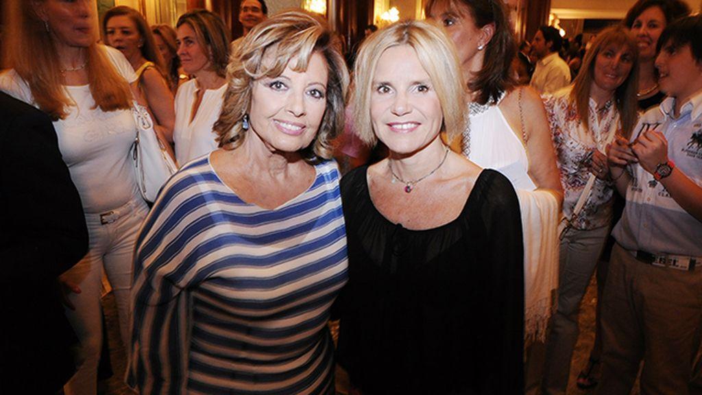 Mª Teresa Campos y Eugenia Martínez de Irujo, antes del concierto en el que entramos gracias a DYP Comunicación