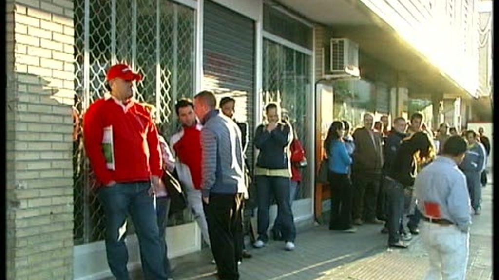 La economía española modera su caída pero marca su peor dato interanual