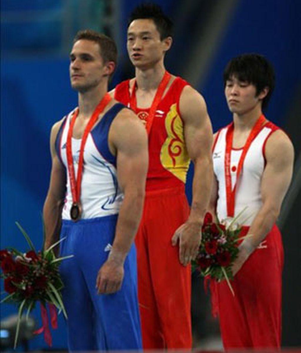 Yang Wei suma oros en gimnasia