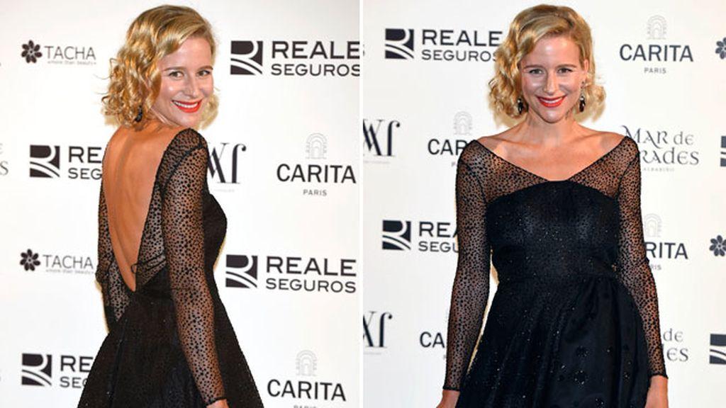 La actriz María León, con un modelo de encaje y abertura de espalda
