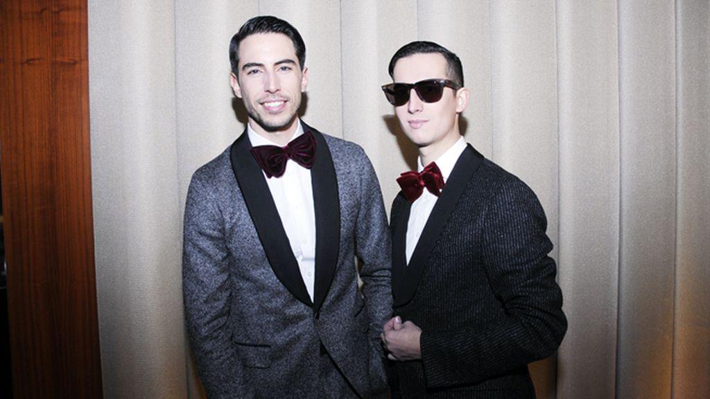 En la fiesta de Hugo Boss, vestidos con trajes de Gucci