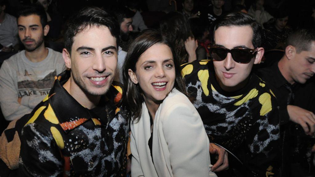 Junto a Macarena Gómez disfrutamos de 'Atrapados' vestidos de María Escoté