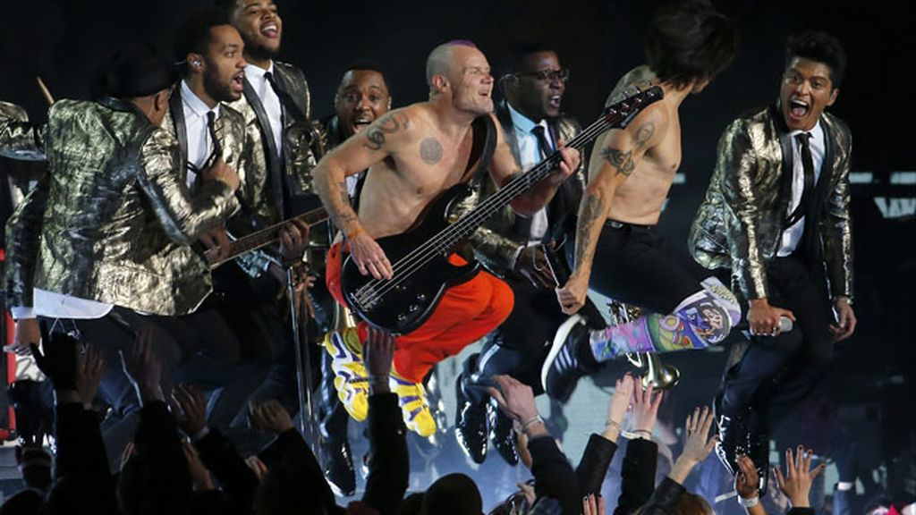 Bruno Mars y Red Hot Chili Peppers le ponen pimienta a la Super Bowl