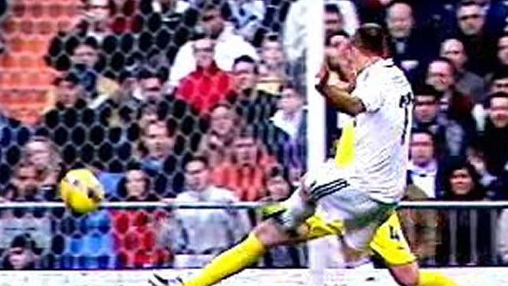Robben golazo por la escuadra al Villarreal