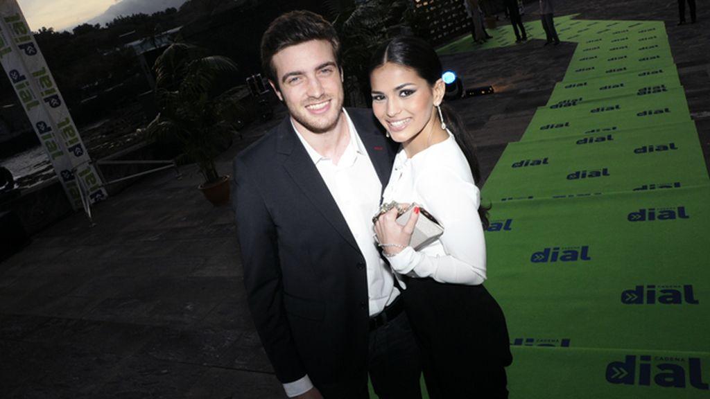 Los actores Raúl Mérida y Sara Sálamo