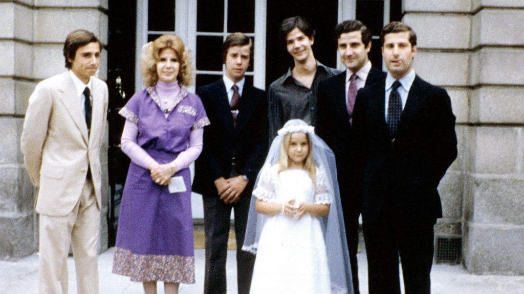 La familia, en la comunión de Eugenia