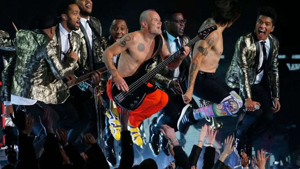 Bruno Mars y Red Hot Chilli Peppers