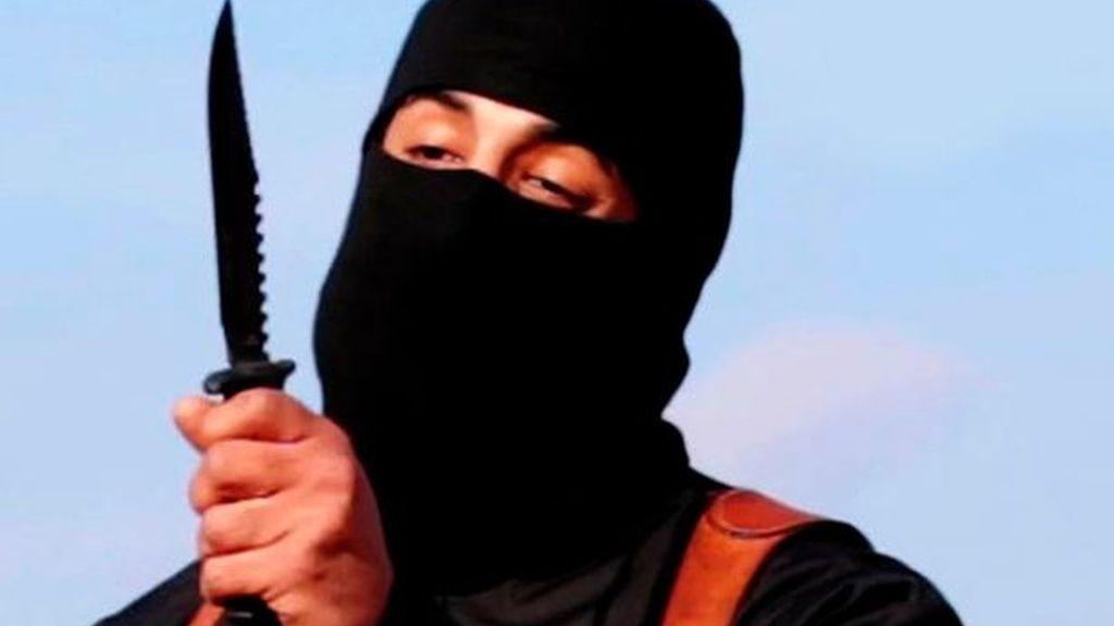 Huye del Estado Islámico el 'yihadista John' por miedo a ser la próxima víctima