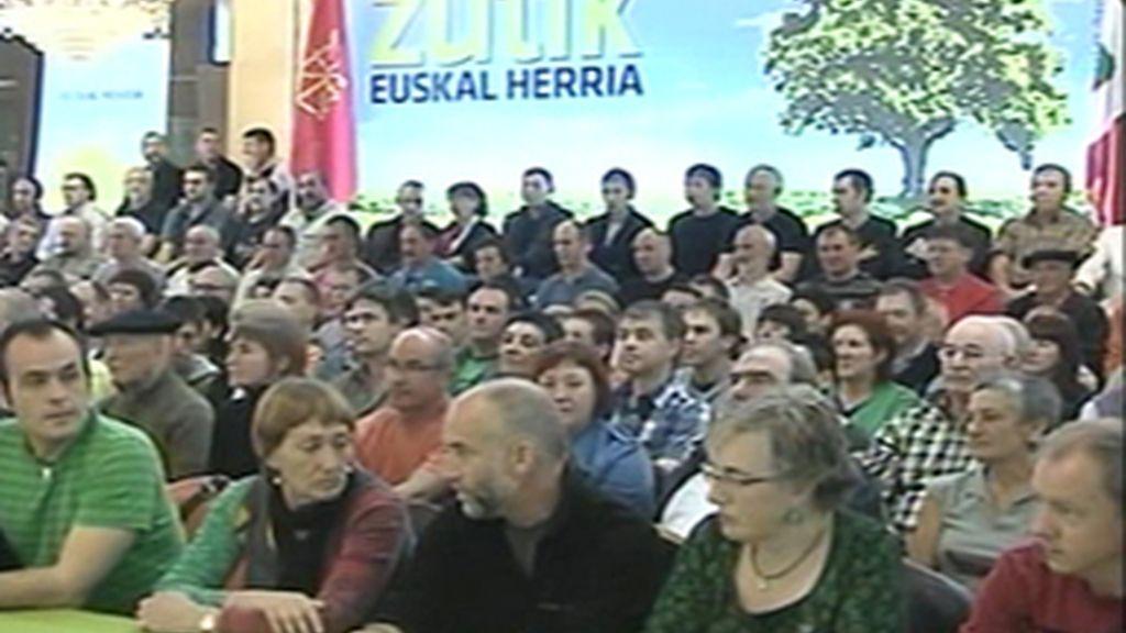 ETA quiere una asociación de víctimas del terrorismo