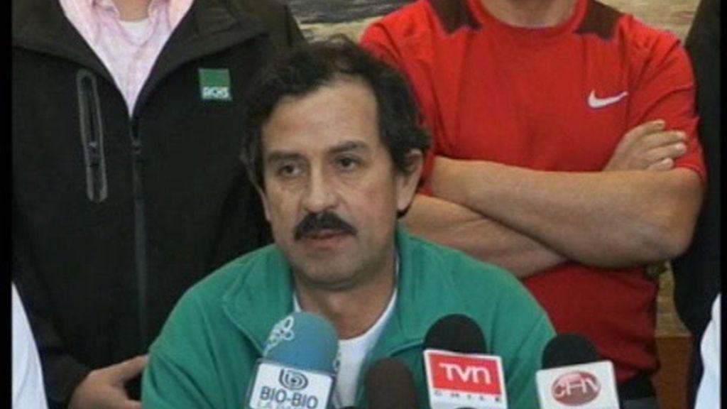Los mineros de Chile piden intimidad a los medios