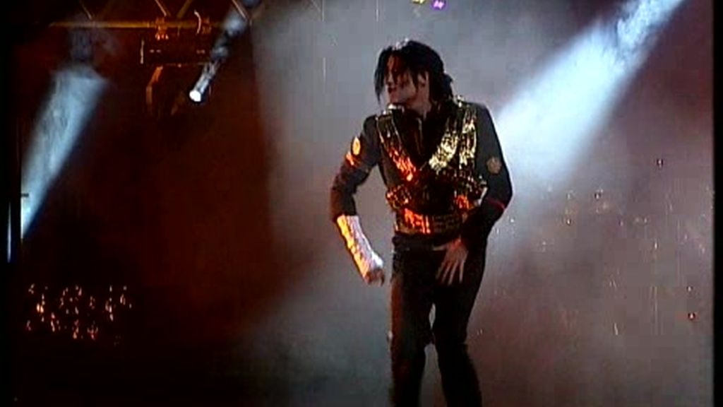 Michael Jackson, 'forever king of pop'