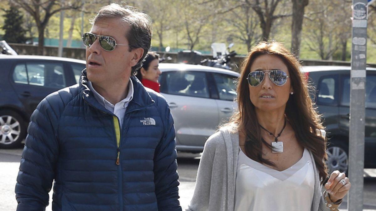 Paco González, acompañado de su esposa Mayte