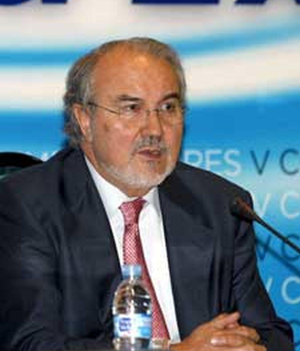 Pedro Solbes confía en que la economía española vuelva a crecer en 2010. Vídeo: ATLAS