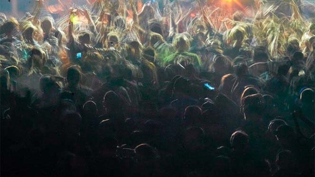 Una macrofiesta en una discoteca