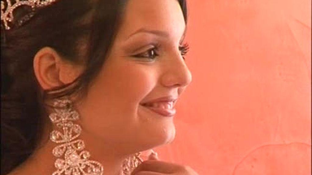 Boda gitana: El novio y su familia esperan a la novia