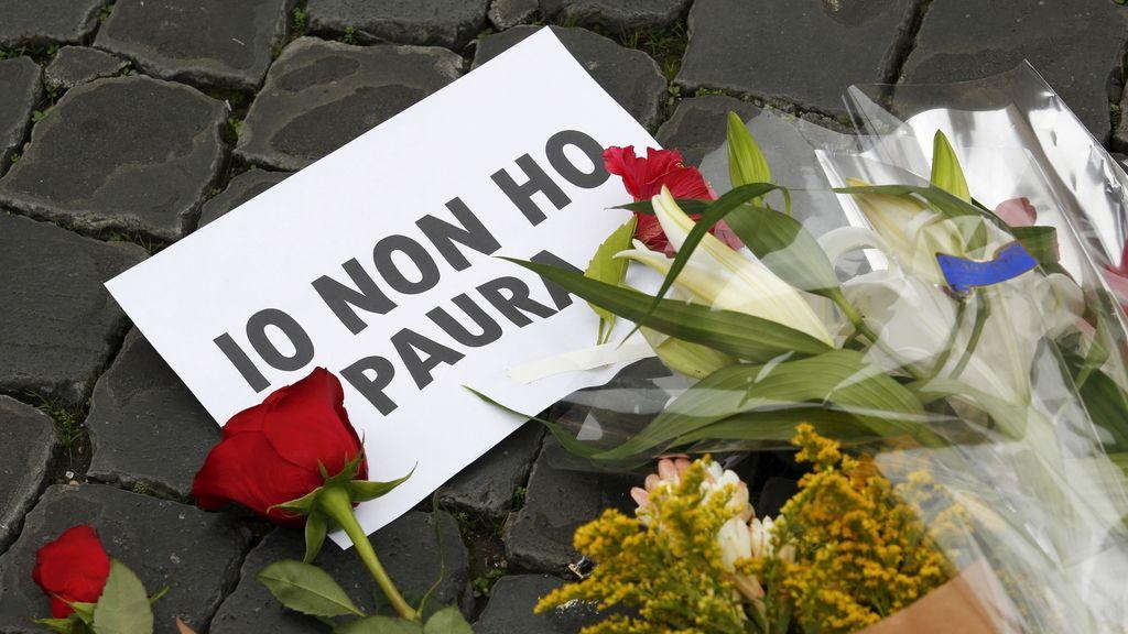 Italia muestra su solidaridad con los fallecidos en los atentados
