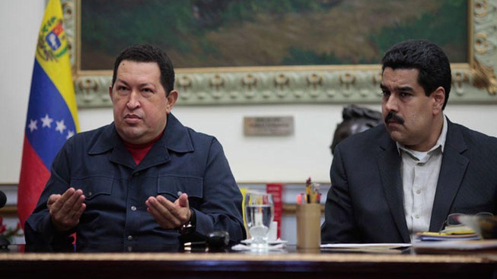 Chávez nombra a Maduro su sucesor antes de viajar a La Habana