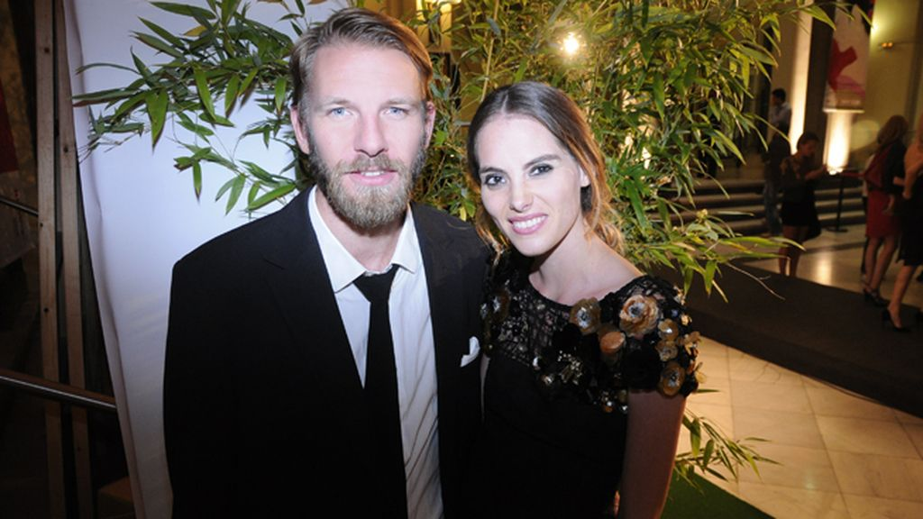 Diego Hurtado de Mendoza con Marina Jamieson, vestida de Alvarno
