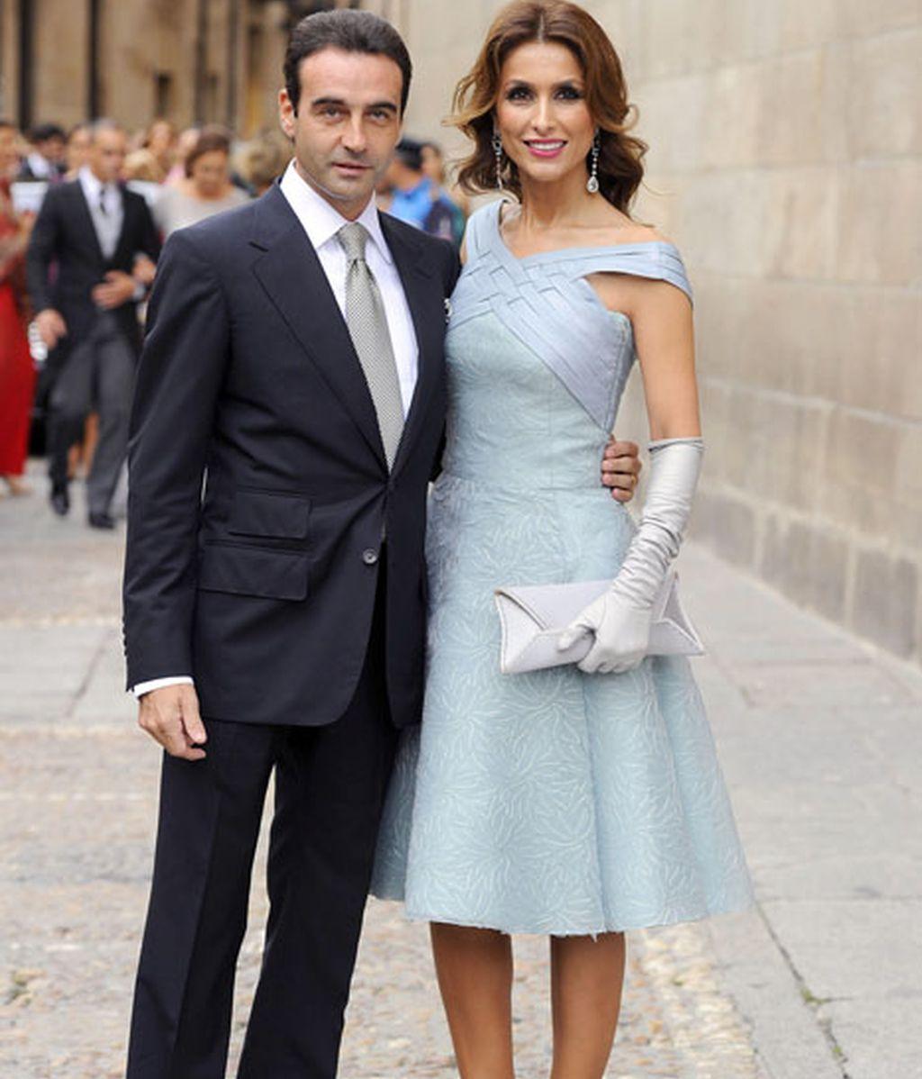 Enrique Ponce y su mujer, la elegante Paloma Cuevas