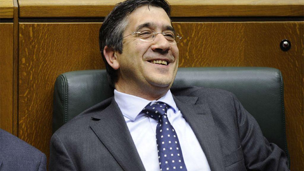 Patxi López durante el debate de investidura