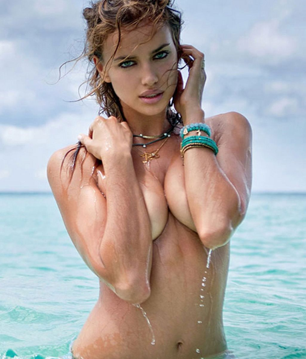 Sports Illustrated le quita el bikini a Irina Shayk, la novia de Cristiano Ronaldo
